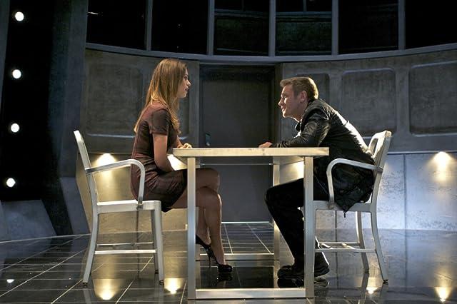 Devon Sawa and Lyndsy Fonseca in Nikita (2010)
