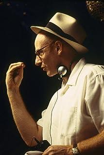 Salvador Litvak Picture