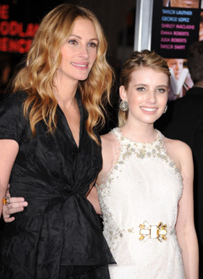Julia Roberts and Emma Roberts at an event for Valentine's Day (2010)