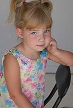Ava Rose Williams's primary photo