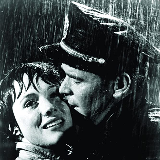Julie Andrews and James Garner in The Americanization of Emily (1964)