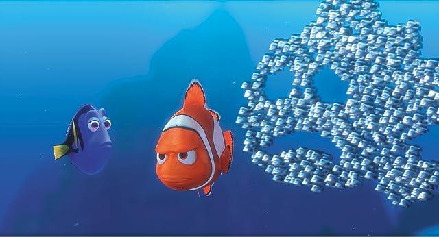 Albert Brooks, Ellen DeGeneres, and John Ratzenberger in Finding Nemo (2003)