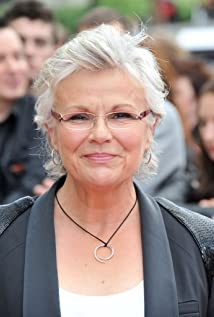 Julie Walters Picture