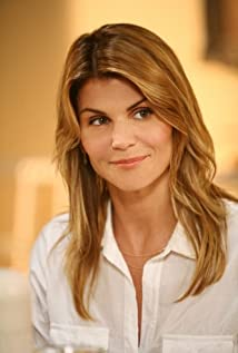 Lori Loughlin Picture