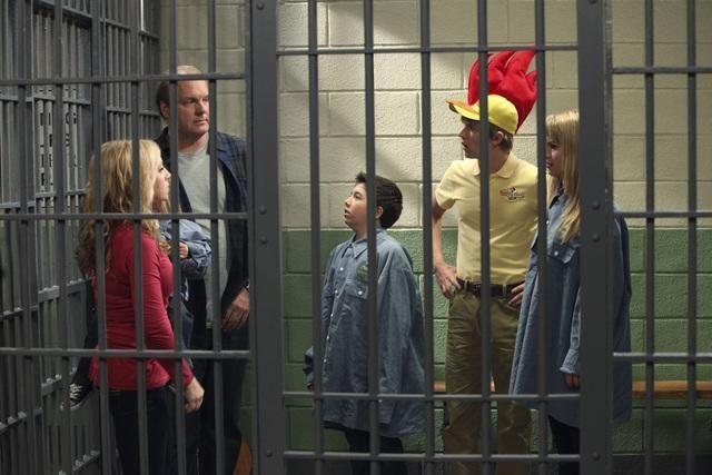 Leigh-Allyn Baker, Eric Allan Kramer, Jason Dolley, Bridgit Mendler, and Bradley Steven Perry in Good Luck Charlie (2010)