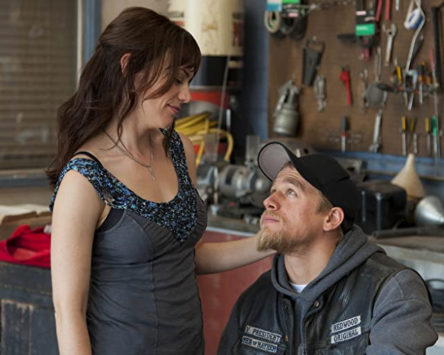 Charlie Hunnam and Maggie Siff in Sons of Anarchy (2008)