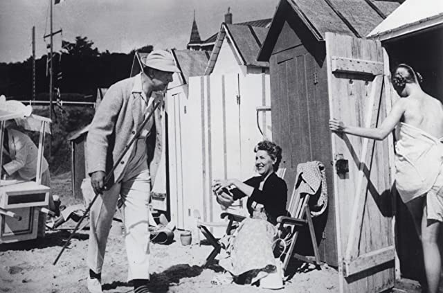 Jacques Tati in Monsieur Hulot's Holiday (1953)