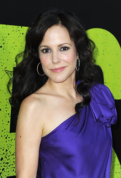 Mary-Louise Parker at Savages (2012)