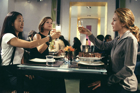 Diane Lane, Kate Walsh, and Sandra Oh in Under the Tuscan Sun (2003)