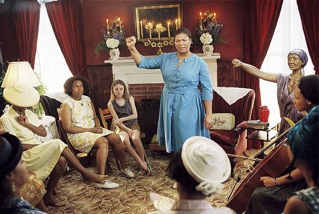 Queen Latifah, Dakota Fanning, and Jennifer Hudson in The Secret Life of Bees (2008)