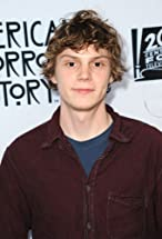 Evan Peters's primary photo