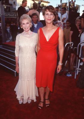 Jamie Lee Curtis and Janet Leigh at an event for Halloween H20: 20 Years Later (1998)