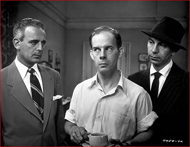 Harry Morgan, Paul Stewart, and Jack Webb in Appointment with Danger (1951)