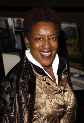 CCH Pounder at an event for The Shield (2002)