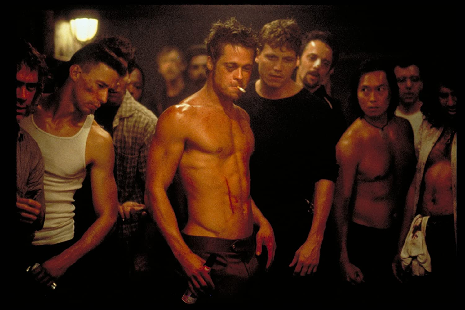 fight club movie vs book The idea for 'fight club' started with an actual fight chuck palahniuk was inspired to write the book fight club after a camping incident with in the movie.