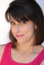 Lara Jill Miller's primary photo