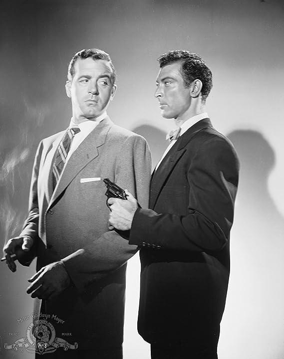 Lee Van Cleef and John Payne in Kansas City Confidential (1952)
