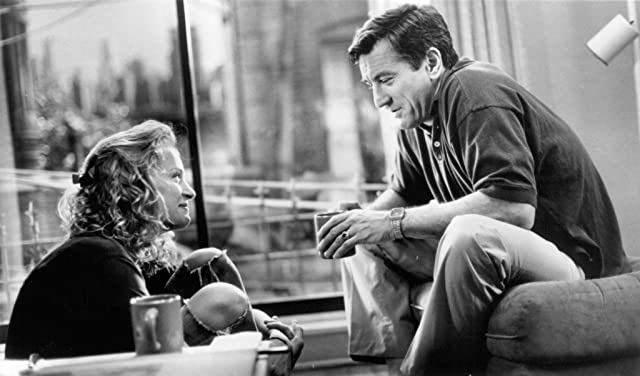 Robert De Niro and Uma Thurman in Mad Dog and Glory (1993)