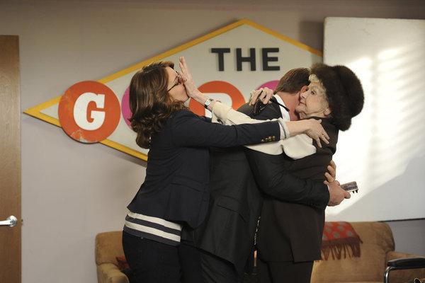 Alec Baldwin, Tina Fey, and Elaine Stritch in 30 Rock (2006)