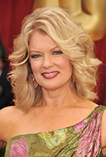 Mary Hart Picture