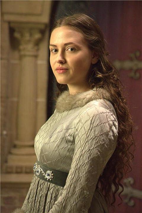 Elinor Crawley in 'The White Queen' BBC1 Starz