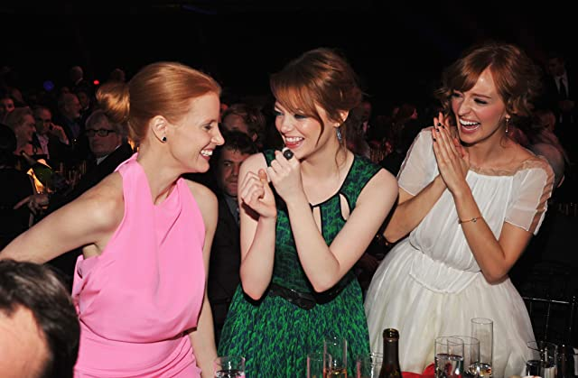 Emma Stone, Ahna O'Reilly, and Jessica Chastain