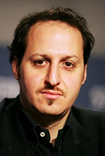 Aktori Fausto Russo Alesi