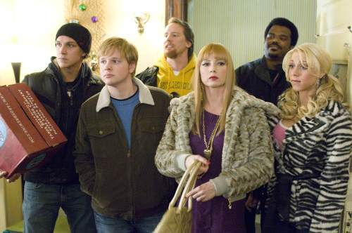 Traci Lords, Jeff Anderson, Ricky Mabe, Jason Mewes, Craig Robinson, and Katie Morgan in Zack and Miri Make a Porno (2008)