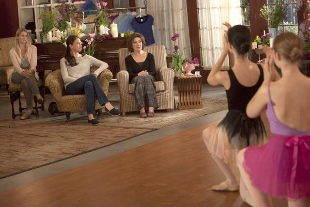 Kelly Bishop and Sutton Foster in Bunheads (2012)