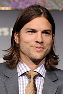 ... ashton kutcher act...