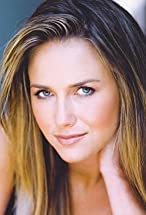 Tania Saulnier's primary photo