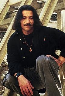 Luis Saguar Picture
