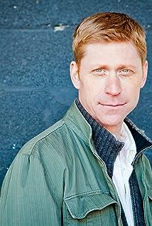 Aktori Geoffrey Pounsett