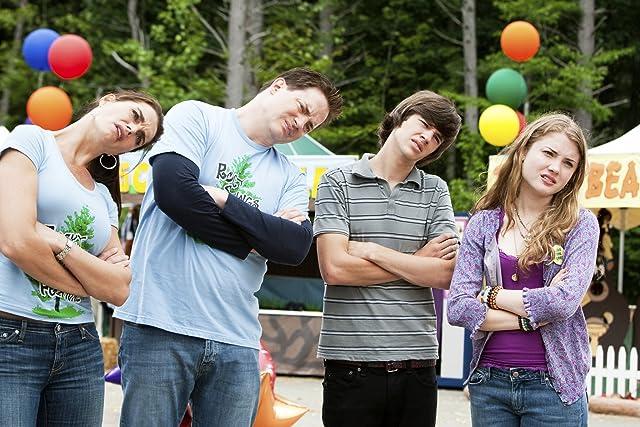 Brooke Shields, Brendan Fraser, Skyler Samuels, and Matt Prokop in Furry Vengeance (2010)