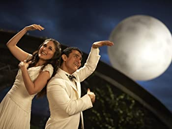 Kareena Kapoor Khan and Aamir Khan in 3 Idiots (2009)