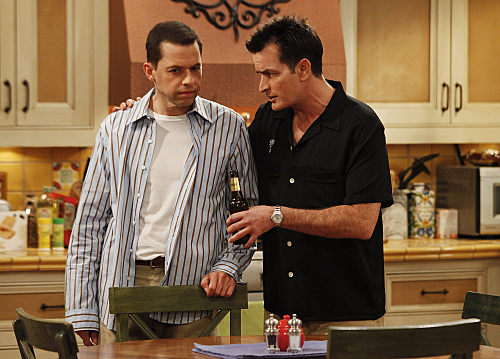 Charlie Sheen and Jon Cryer in Two and a Half Men (2003)