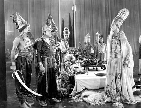 Douglas Fairbanks and Raoul Walsh in The Thief of Bagdad (1924)