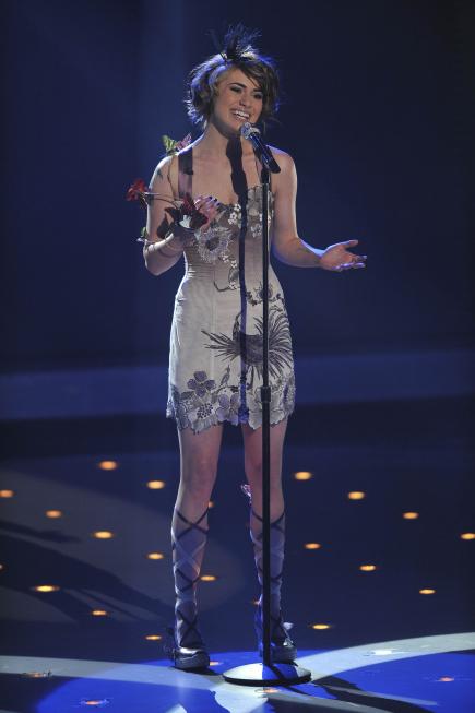 Siobhan Magnus in American Idol (2002)