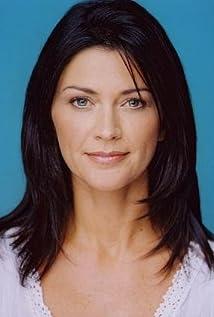 Caroline Redekopp Picture