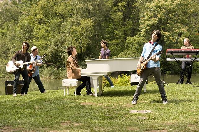 The Jonas Brothers, Kevin Jonas, Joe Jonas, and Nick Jonas in Jonas Brothers: The 3D Concert Experience (2009)