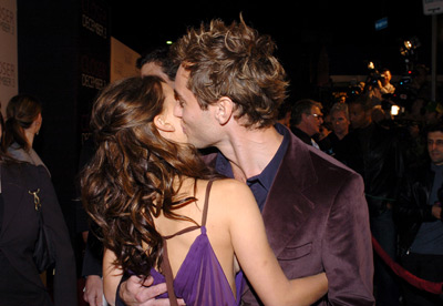 Jude Law and Natalie Portman at Closer (2004)