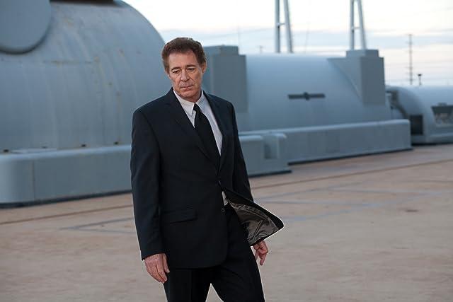 Barry Williams in Mega Piranha (2010)