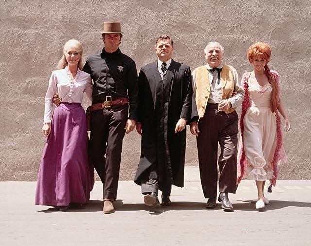Clint Eastwood, Ed Begley, Arlene Golonka, Pat Hingle, and Inger Stevens in Hang 'Em High (1968)