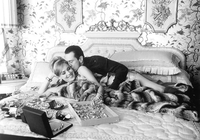 Robert De Niro and Sharon Stone in Casino (1995)