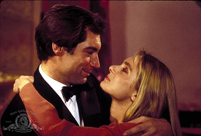 Timothy Dalton and Maryam d'Abo in The Living Daylights (1987)