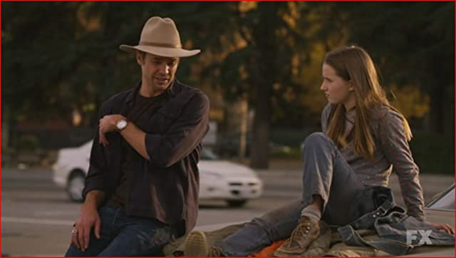 Kaitlyn Dever and Timothy Olyphant, still from Justified.