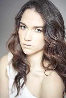Aktori Melanie Scrofano