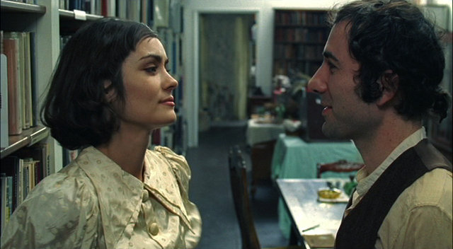 Shannyn Sossamon and Johnny Roc in Man Without a Head