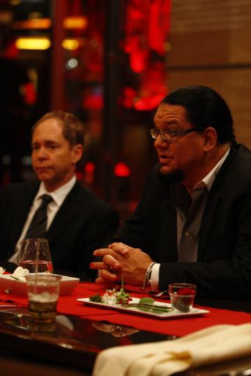 Penn Jillette and Teller in Top Chef (2006)