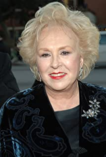 Doris Roberts Picture